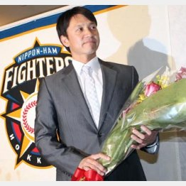15年間の現役生活にピリオド/(C)日刊ゲンダイ