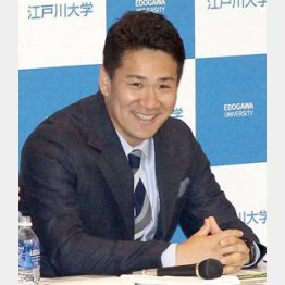 シンポジウムに出席した田中/(C)日刊ゲンダイ
