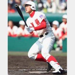 1試合1本塁打の岡本/(C)日刊ゲンダイ