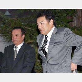 和田監督(右)も中村GMも勝負の年/(C)日刊ゲンダイ