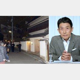 降りしきる雨の中、自宅前に集まる関係者と報道陣(左 東京・港区)/(C)日刊ゲンダイ