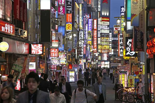 """1年で10倍 歌舞伎町""""ぼったくりキャバクラ""""再び急増のワケ"""