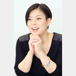 歌手の井手麻理子さん
