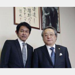 松野頼久・維新の党代表(左)と小林節・慶大名教授