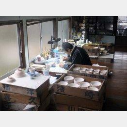 16代目中里月度務さんが後を継ぐ窯「平戸松山」