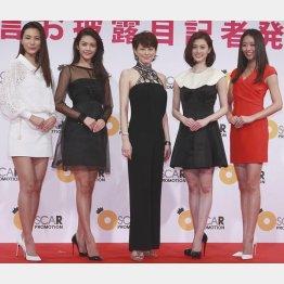 (左から)松尾幸実、田中道子、米倉涼子、和田安佳莉、中川知香