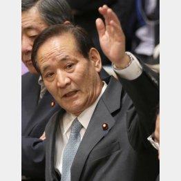 渦中の西川公也委員長