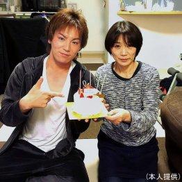 狩野英孝と母・千代子さん
