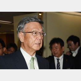 翁長沖縄県知事