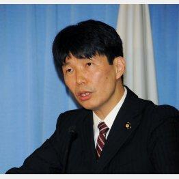 山本一太議員は批判スルーで安倍政権を礼賛(C)日刊ゲンダイ