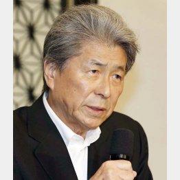 会見で熱意を語った鳥越俊太郎氏