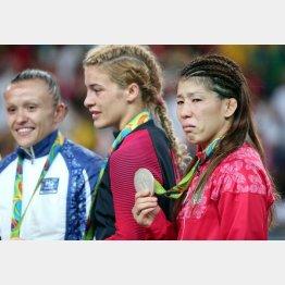 銀メダルを手にしても涙が止まらなかった