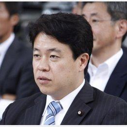 スピード違反で検挙された鶴保沖縄・北方相