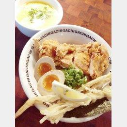 「二丁目つけめんGACHI」の『濃厚鶏塩つけ麺デラックス』