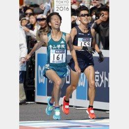 監督は「世界で戦える選手」と一色(左)を高評価(2月の東京マラソン)