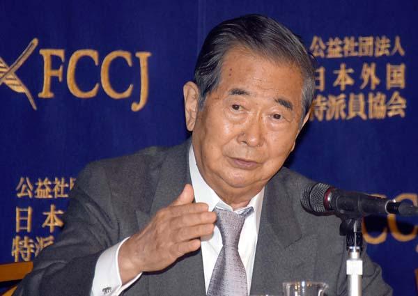 「日本外国特派員協会」で会見で持論を展開/(C)日刊ゲンダイ