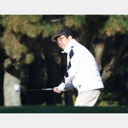 ノンキにゴルフしてる場合か(3日、神奈川のスリーハンドレッドクラブにて)