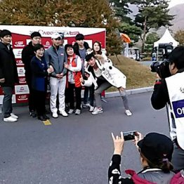 韓国では試合会場にいつも両親や家族が一緒