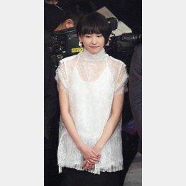 審査員席に座ったまま「恋ダンス」披露の新垣結衣