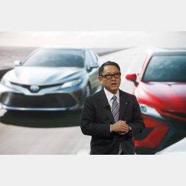 デトロイトの自動車ショーで記者会見した豊田章男社長(C)ロイター
